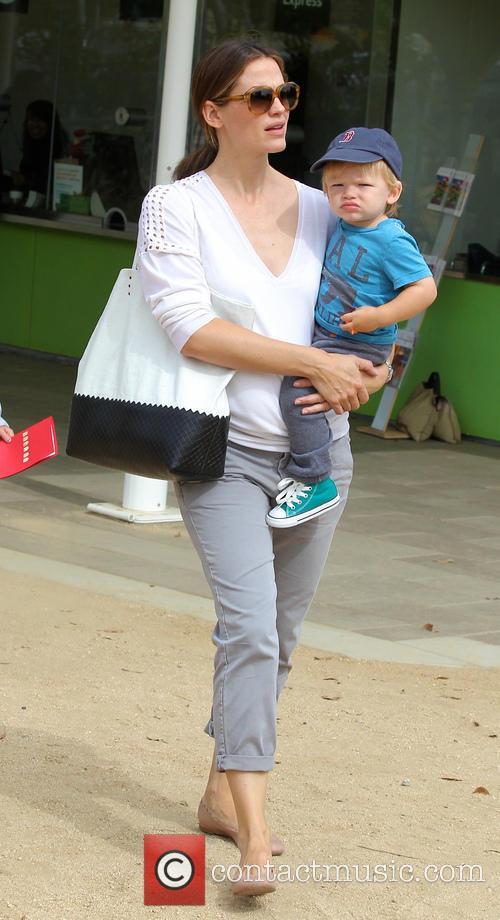 Jennifer Garner and Samuel Affleck 7