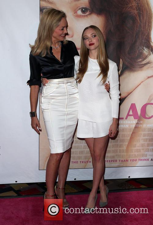 Sharon Stone and Amanda Seyfried 7