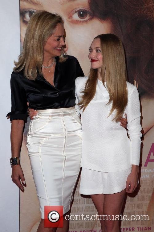 Sharon Stone and Amanda Seyfried 13