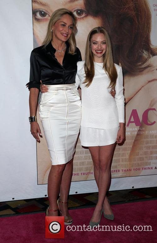 Sharon Stone and Amanda Seyfried 22