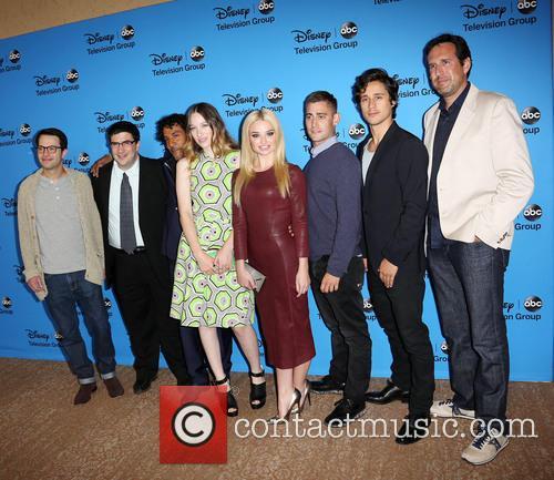 Adam Horowitz, Edward Kitsis, Naveen Andrews, Sophie Lowe, Emma Rigby, Michael Socha, Peter Gadiot and Zack Estrin 2