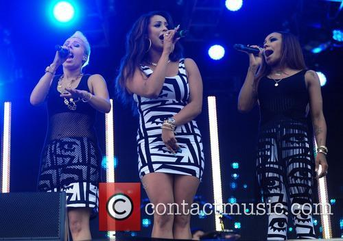 stooshe stooshe perform at lytham proms 3797258