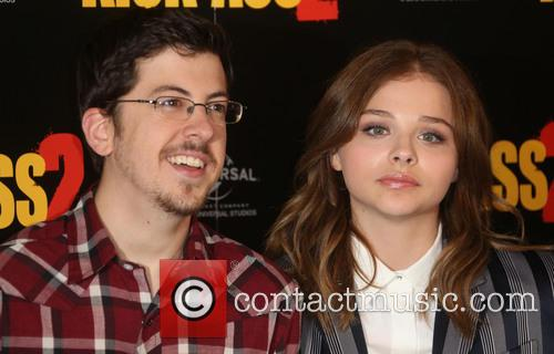 Chloe Moretz and Christopher Mintz-plasse 10