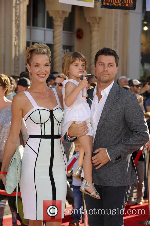 Ashley Scott and Family 8