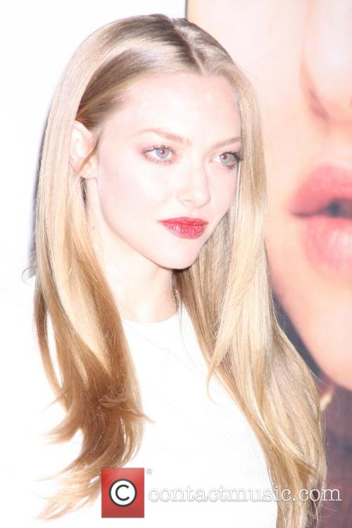 amanda seyfried lovelace premeire at planet hollywood 3798297