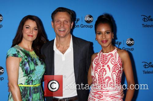Bellamy Young, Tony Goldwyn and Kerry Washington 4