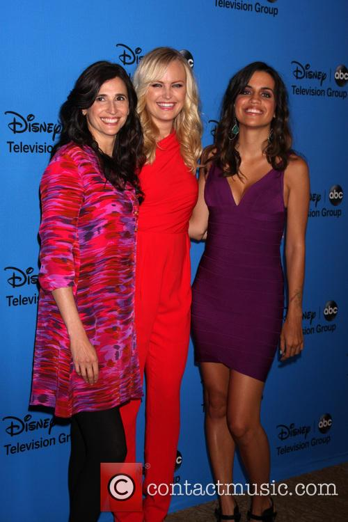 Michaela Watkins, Malin Akerman and Natalie Morales 2