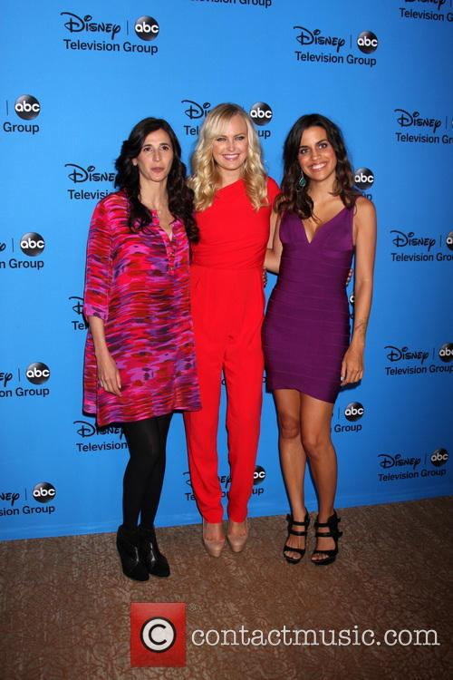 Michaela Watkins, Malin Akerman and Natalie Morales 6