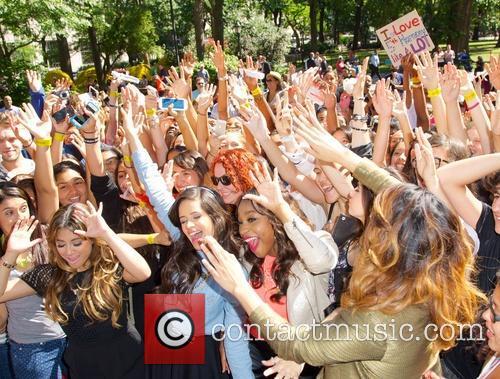 Fifth Harmony 42