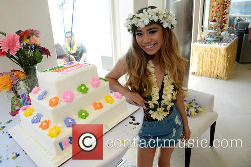 Beach House and Jessica Sanchez 2