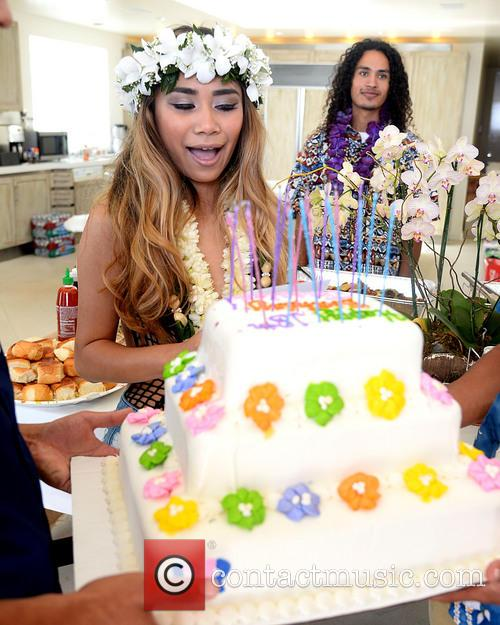Beach House and Jessica Sanchez 4