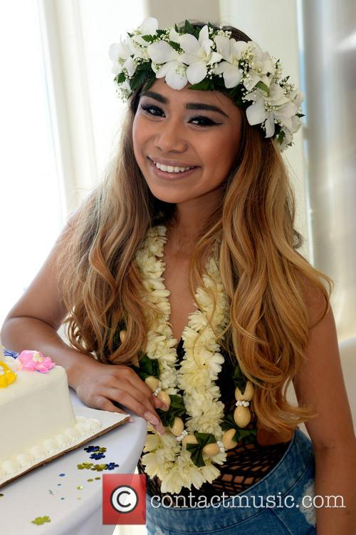 Beach House and Jessica Sanchez 6