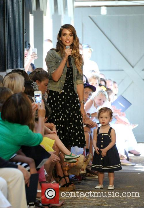 Jessica Alba and Daughter Haven 1