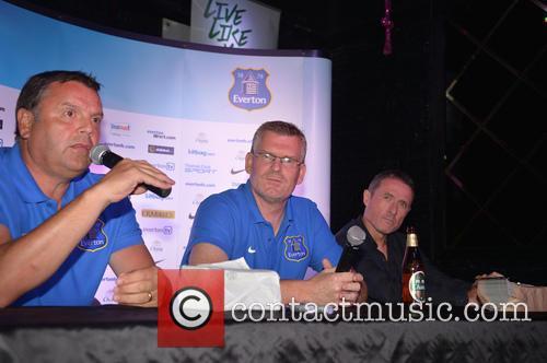 Graeme Sharp, Darren Griffiths and Robert Elstone 4