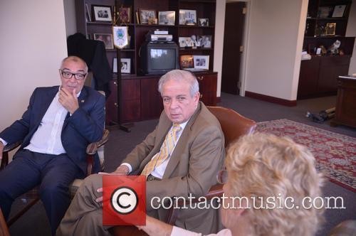 Valencia, Omar Claro and Tomas Regalado 7