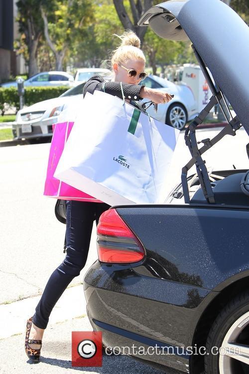 Jennifer Morrison shopping in Beverly Hills