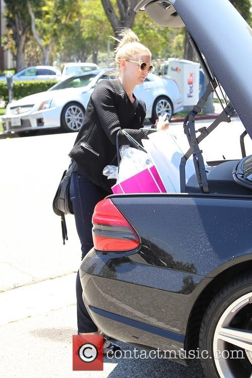 jennifer morrison jennifer morrison shopping in beverly 3799849