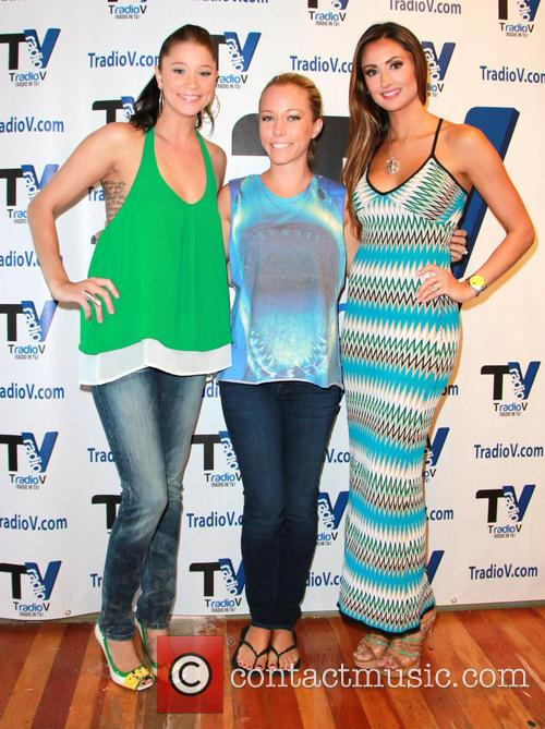Katie Cleary, Kendra Wilkinson and Kristen Renton 4