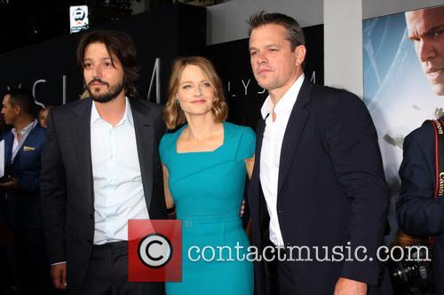 Diego Luna, Jodie Foster and Matt Damon 8
