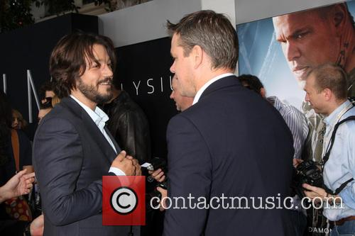 Diego Luna and Matt Damon 10