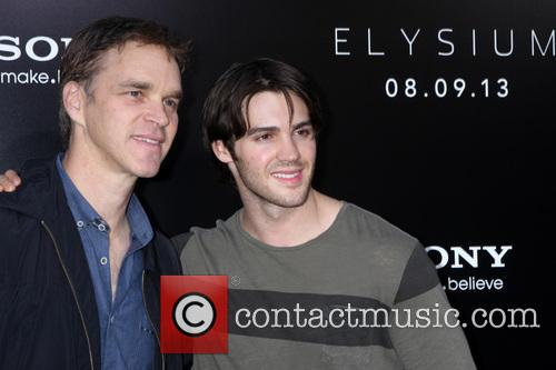 Luc Robitaille and Steven R. Mcqueen 7