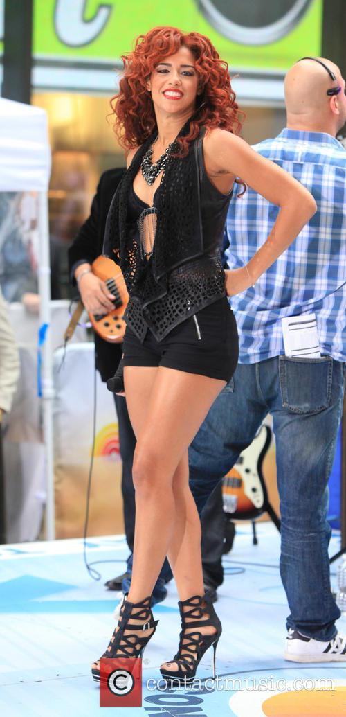 Flo Rida and Natalie La Rose 4