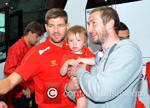 Steven Gerrard, Timmy Sheehan and Sebastian Coates 3