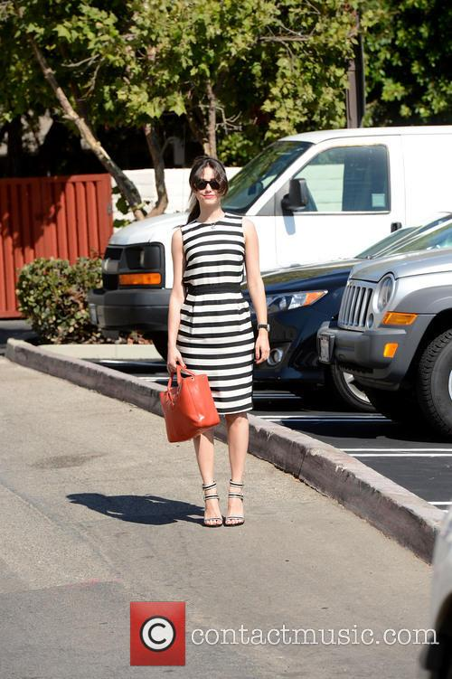 emmy rossum emmy rossum runs errands in 3804900
