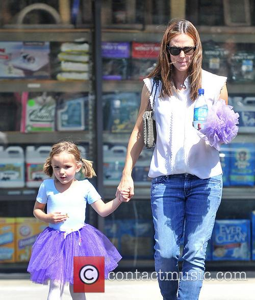 Jennifer Garner and Seraphina Affleck 1
