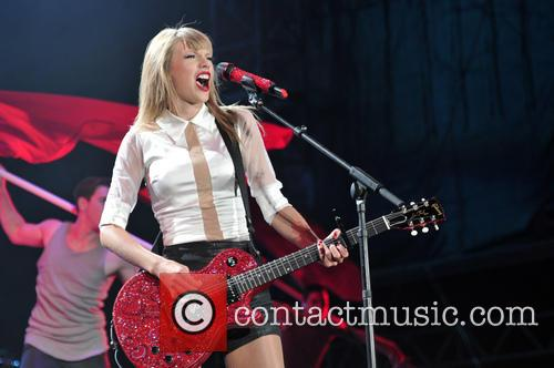 taylor swift taylor swift performs live in 3812713