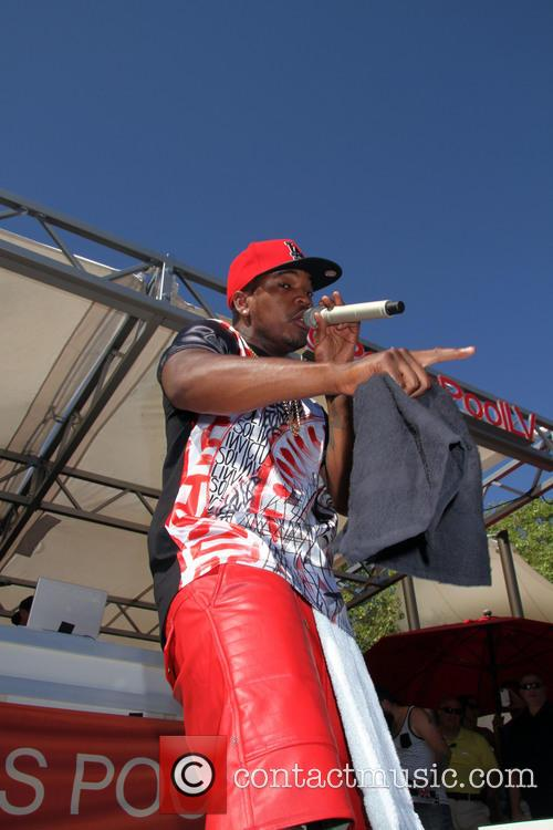 NeYo Performs At Ditch Fridays