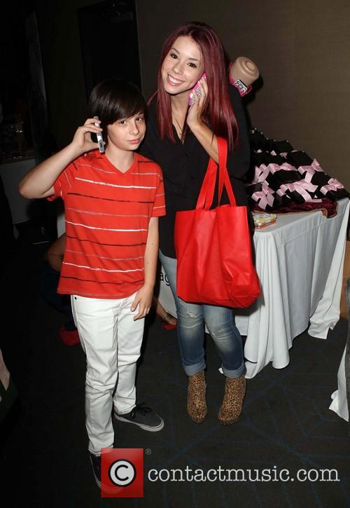 KIIS FM Pre-Teen Choice Awards Gifting Suite
