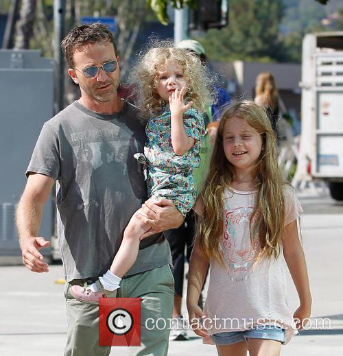 Breckin Meyer, Caitlin Willow Meyer and Clover Meyer 1