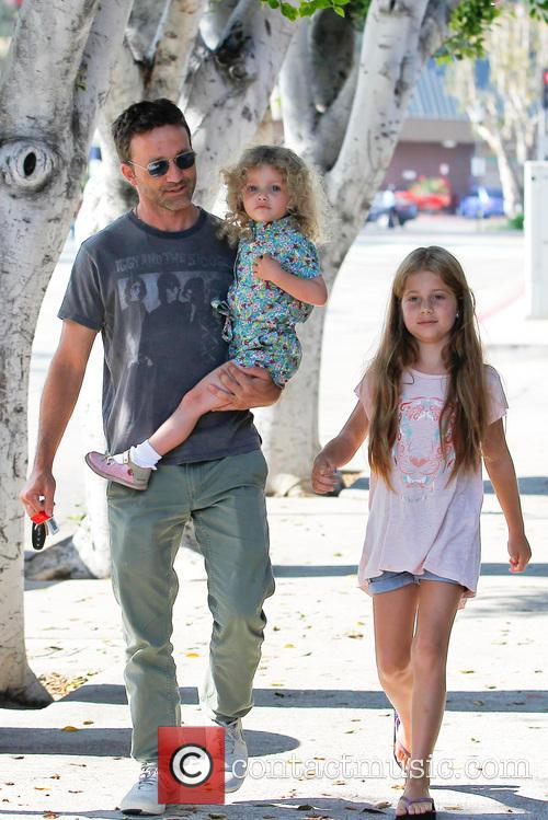 Breckin Meyer, Caitlin Willow Meyer and Clover Meyer 4