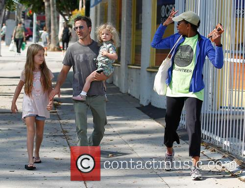 Breckin Meyer, Caitlin Willow Meyer and Clover Meyer 8