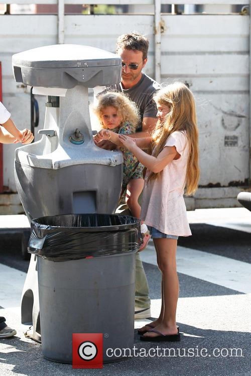 Breckin Meyer, Caitlin Willow Meyer and Clover Meyer 9