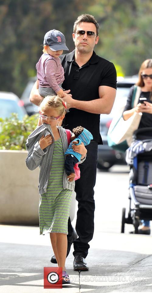 Ben Affleck, Samuel Affleck and Violet Affleck 3
