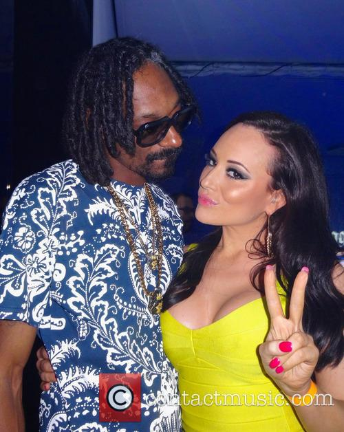 Charlotte Devaney, Snoop Lion and Snoop Dogg 4