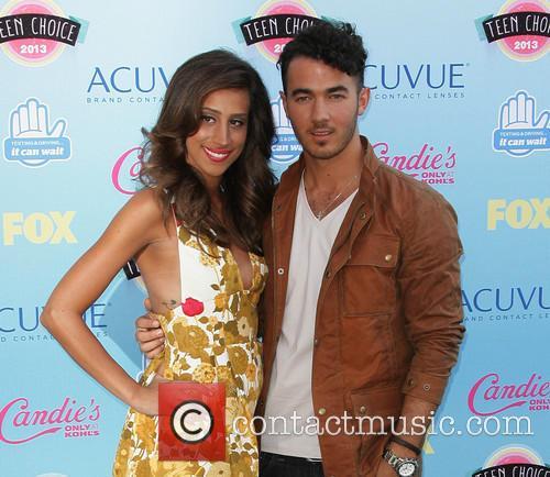 Danielle Deleasa and Kevin Jonas 1