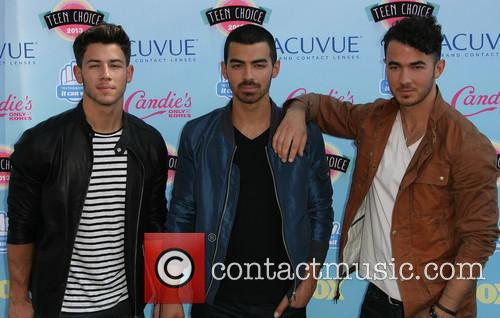Jonas Brothers, Nick Jonas, Joe Jonas and Kevin Jonas 3