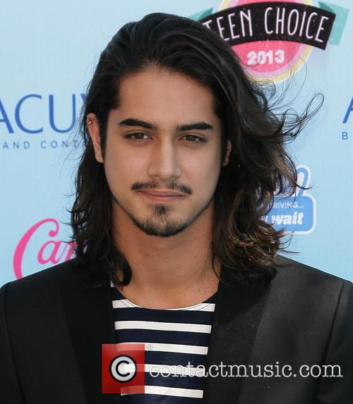 Teen Choice Awards and Avan Jogia 2
