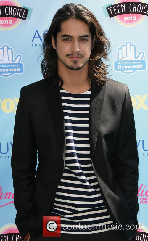 Teen Choice Awards and Avan Jogia 3
