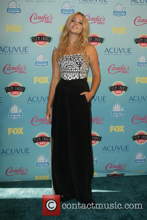 Teen Choice Awards and Sasha Pieterse 4