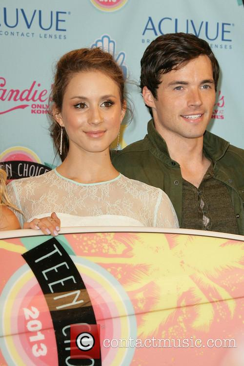 Teen Choice Awards, Troian Bellisario and Ian Harding 11