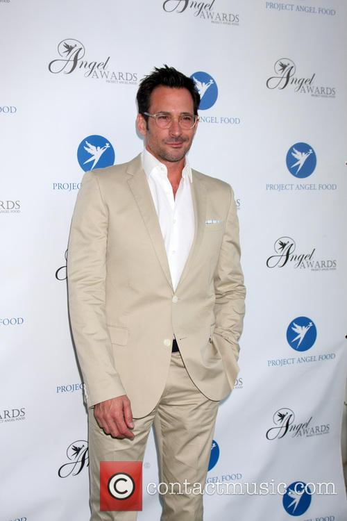 Lawrence Zarian 6