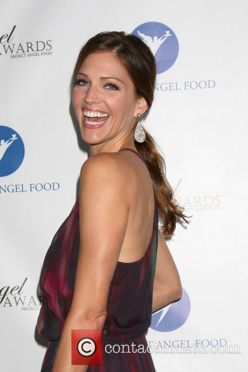 Tricia Helfer, Project Angel Food