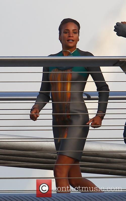 Zoe Saldana 32