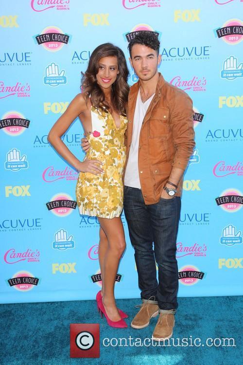Danielle Deleasa and Kevin Jonas 3
