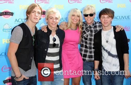 Teen Choice Awards and Guests 2