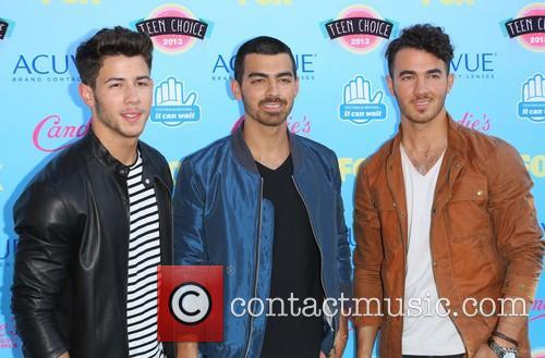 Nick Jonas, Joe Jonas and Kevin Jonas 2